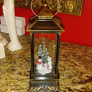 "1023 ""AS IS"" Winter Lane Musical Snowman Snowglobe"